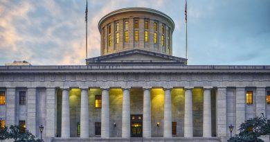 OPERS backs governance resolution